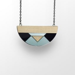 sui_white maple -wood_acrylic_semicircle-necklace 3