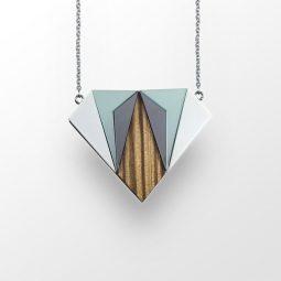 sui_wood_acrylic_necklace-diamant-1