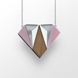 sui_wood_acrylic_necklace-diamant-5